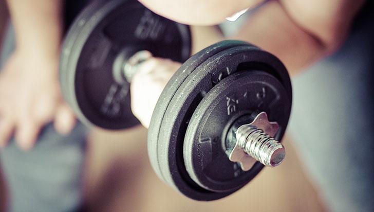 El entrenamiento de la fuerza muscular mejora la salud cardiovascular
