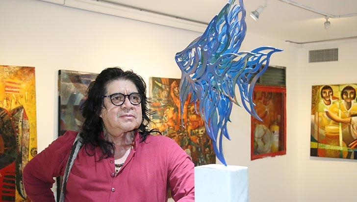 Manolo Colmenares busca rescatar el legado de sus pueblos con el arte