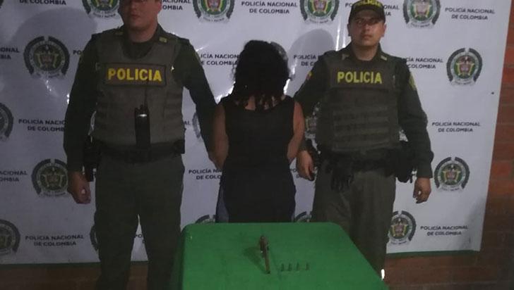 Ciudadana fue capturada en Calarcá con un revólver