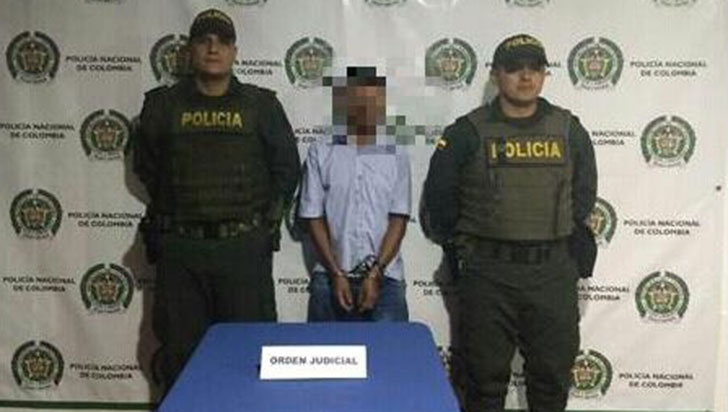 A prisión por el delito de acceso carnal abusivo con menor de 14 años