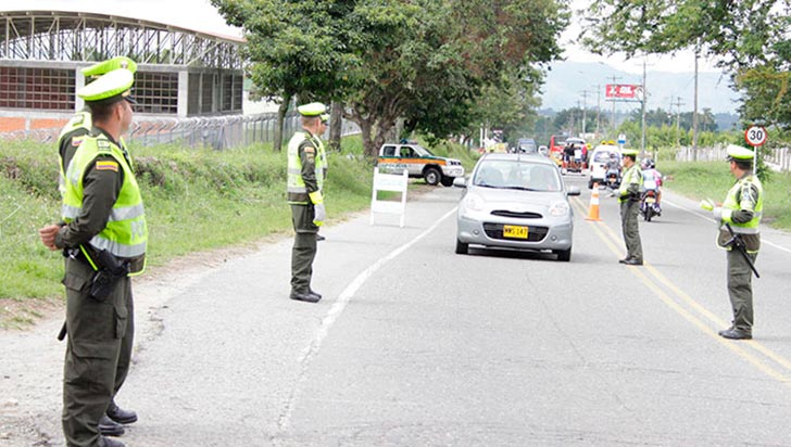 300 Policías de Tránsito custodiarán vías en Navidad