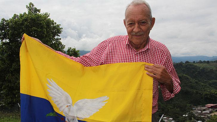 A sus 84 años, Arcesio Celis busca la paz