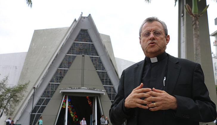 Cambio, liderazgo y unión, claves para sacar adelante al Quindío: Obispo de Armenia