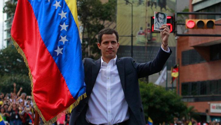 Juan Guaidó se proclamó como presidente encargado de Venezuela
