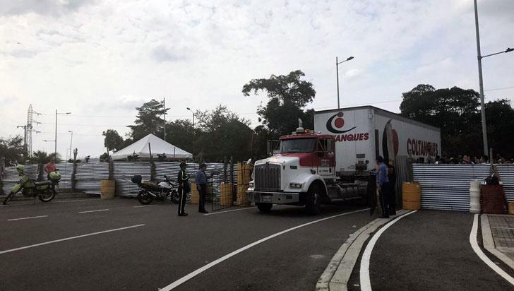 EE.UU. pidió a militares venezolanos que ayuden a ingresar auxilio humanitario