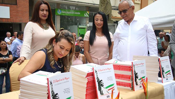 Con libro inmortalizan obra de Lucelly García de Montoya para inspirar a la juventud