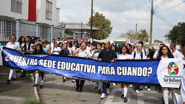 Líderes sociales anunciaron nuevas manifestaciones por situación de colegios