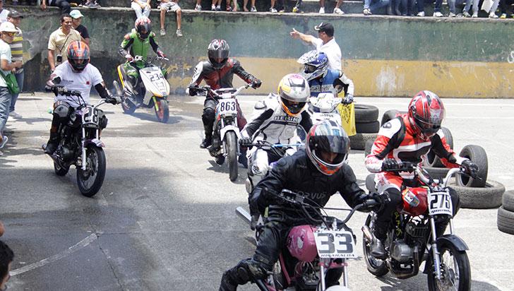 Cafetero de motovelocidad abrirá calendario de motociclismo