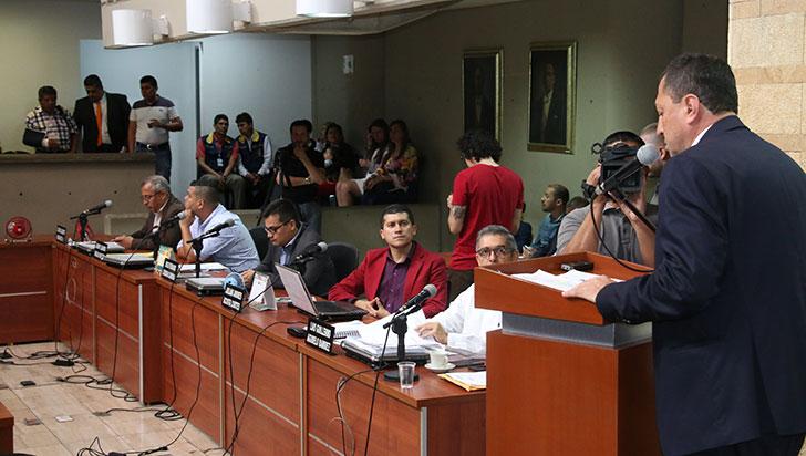 Alcalde rindió informe en el concejo; no se aprobó, por algunos corporados, la resolución de inquietudes