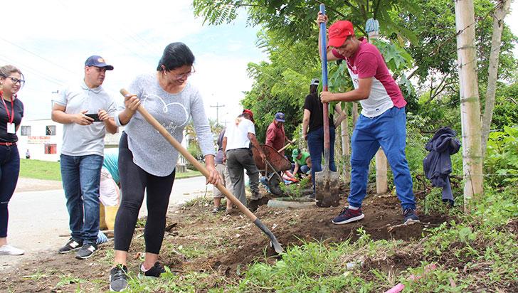 'Todos ponemos' se cumplió con éxito en el barrio Bambusa