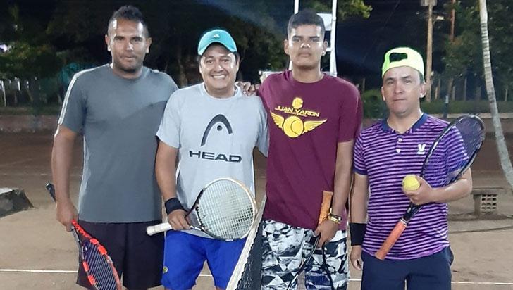 Pareja Varón-González ganó en dobles Márquez y Fajardo de enero