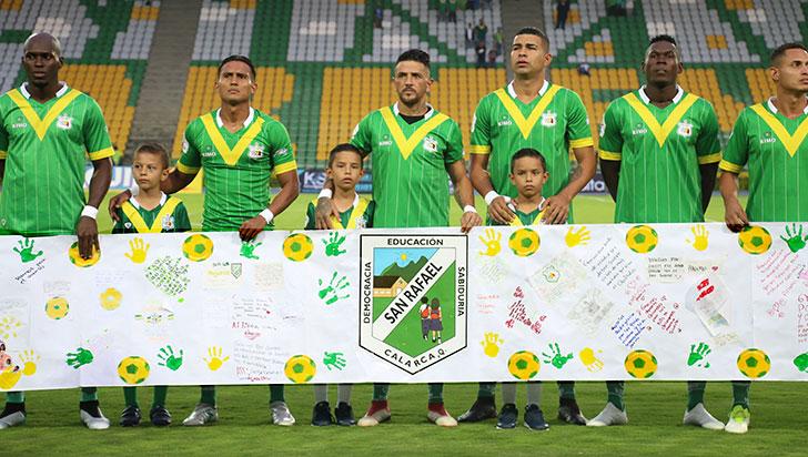 Niños de San Rafael agradecieron con cartas a Deportes Quindío