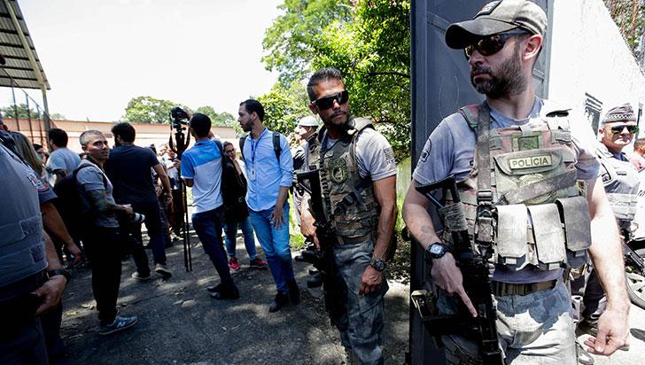 El tiroteo en una escuela atiza debate sobre armas en el Brasil de Bolsonaro