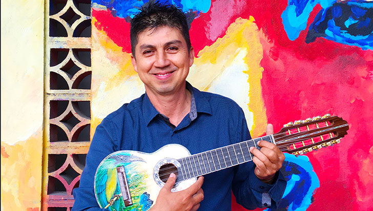 Jorge Galvis,  28 años haciendo música con los colores de Latinoamérica