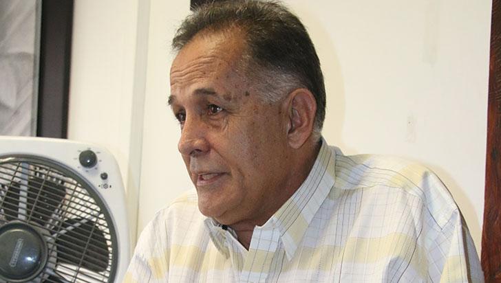 """""""Los proyectos de iniciativa de diputados son muchas veces saludo a la bandera"""": Néstor Cárdenas"""