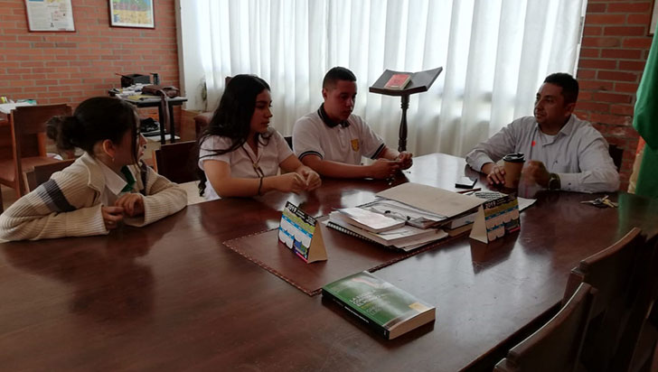 Colegios de 11 municipios, sin contratación del servicio de aseo