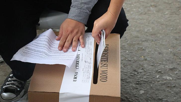 Seis grupos significativos ciudadanos, inscritos de cara a las elecciones