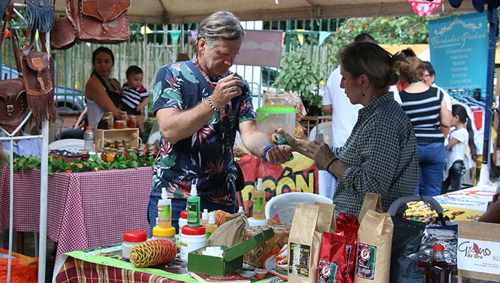 80 empresarios campesinos exhiben sus productos en el Jardín Botánico