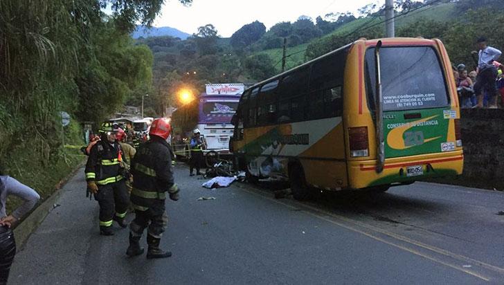 Dos muertos dejó accidente en el sector de La María, vía Armenia - Calarcá