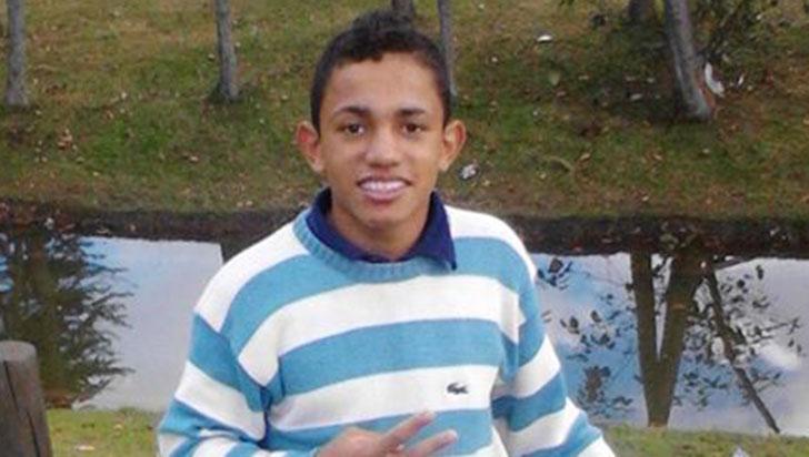 Asesinaron a un joven en la urbanización Marbella