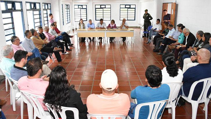 Alcaldes de la cordillera se unen para declarar urgencia manifiesta