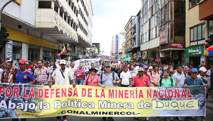 Masiva marcha se vivió en Quindío; CUT y Fecode convocaron a la protesta