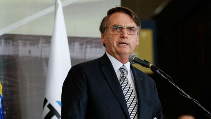 Gobierno de Bolsonaro plantea reducir la inversión en Filosofía y Sociología