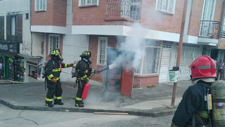 Ave provocó incendio y murió electrocutada en Los Álamos de Armenia