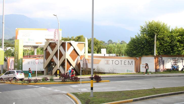 """""""Buscaremos otros mecanismos legales; cumplimos con sustentos para construir Tótem"""": Juan Echeverri"""