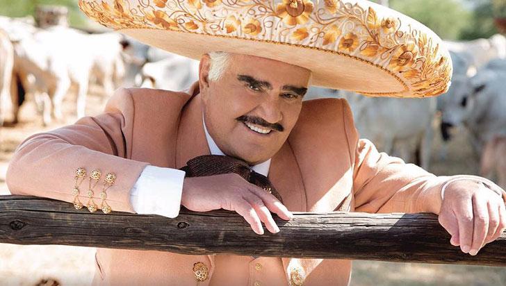 Vicente Fernández rechazó trasplante de hígado por temor a que el donante fuera gay