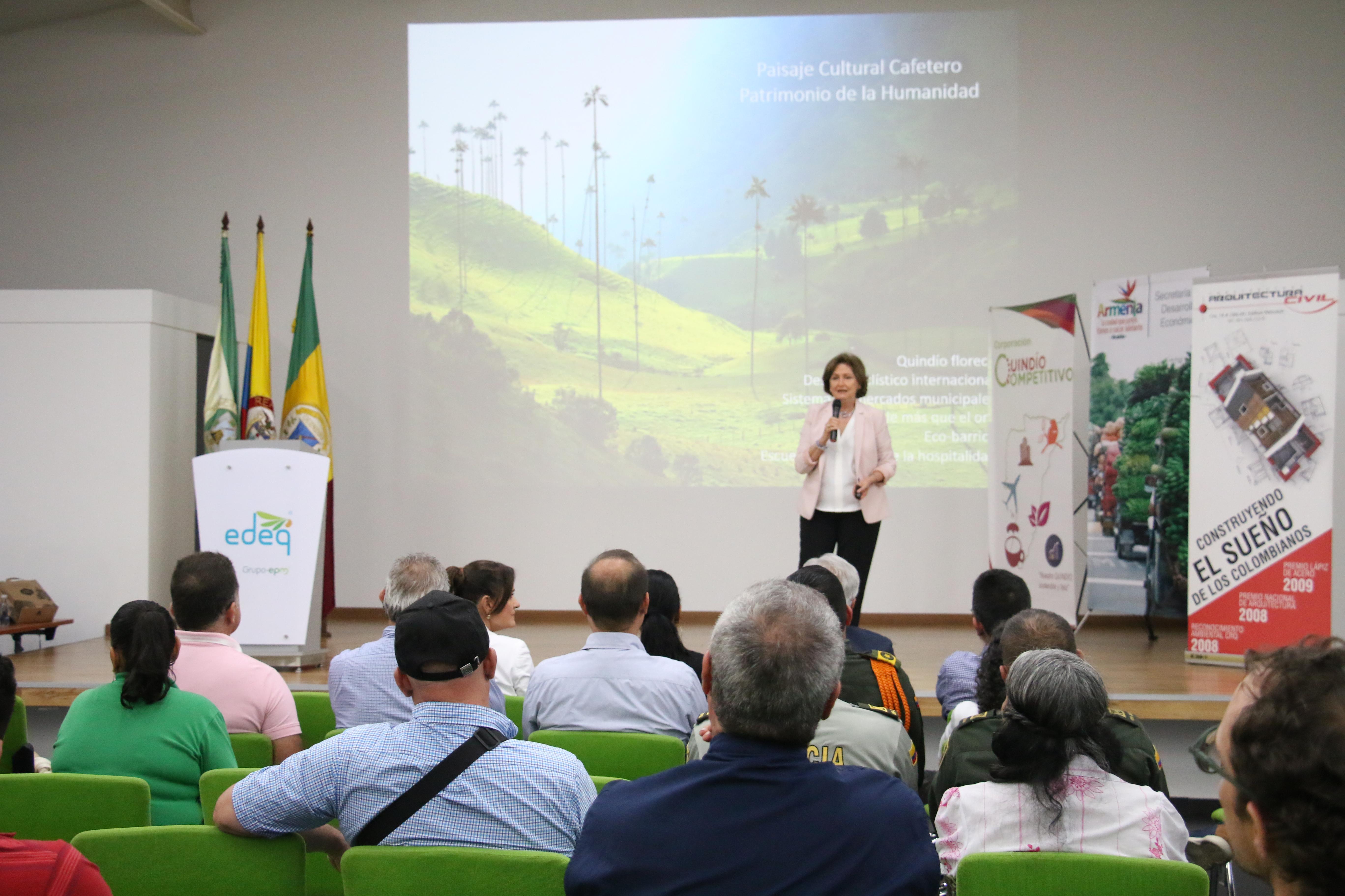 """""""Territorio sostenible: respeto por el ser humano y el ambiente""""; Pilar Velilla"""