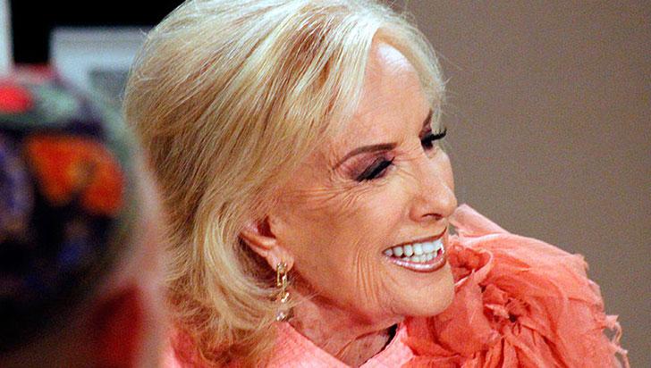 La veterana diva argentina Mirtha Legrand está muy bien tras ser operada