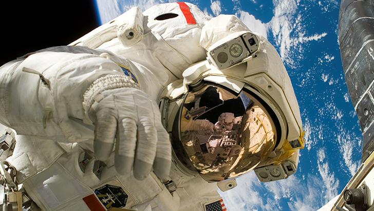 La Nasa planea enviar a la primera mujer a la Luna en 2024