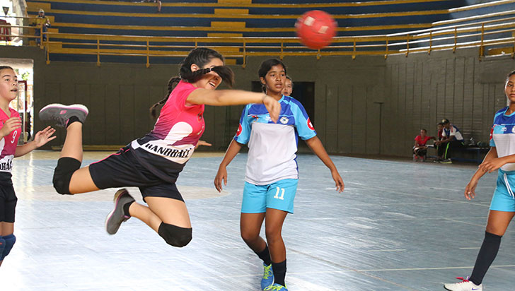 Intercolegiado de balonmano, hasta este domingo en Armenia