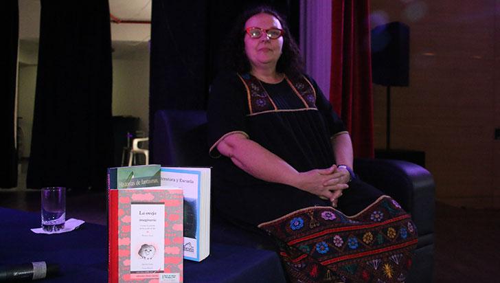 """""""Literatura para niños, posibilidad de contar historias sin límites"""": Beatriz Actis"""