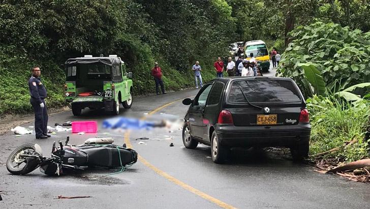 Accidente en la vía Barragán-Génova dejó un motociclista muerto