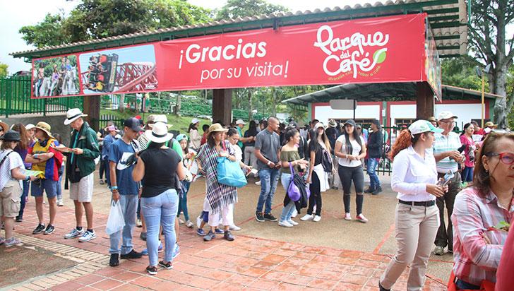 """Acolap: """"Parques temáticos del Eje están a la delantera en número de visitantes"""""""