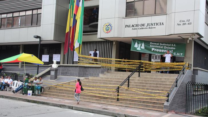 Trabajadores judiciales solicitan aumento de salario de hasta el 6,5 %