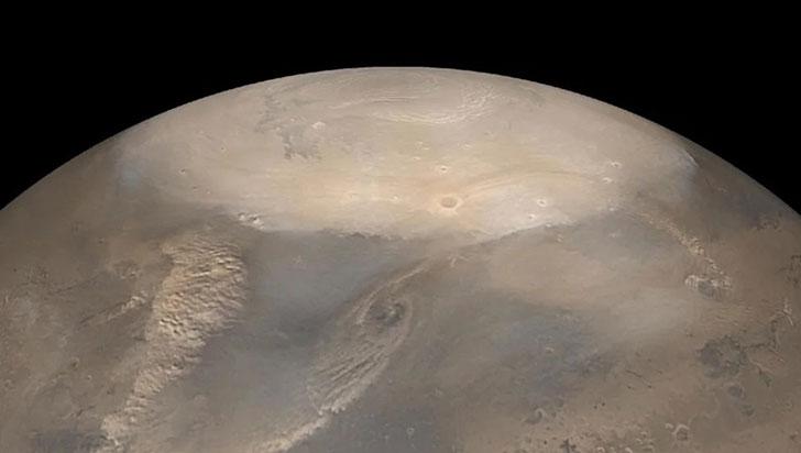 Marte tiene un inmenso casquete de hielo escondido bajo en su polo norte