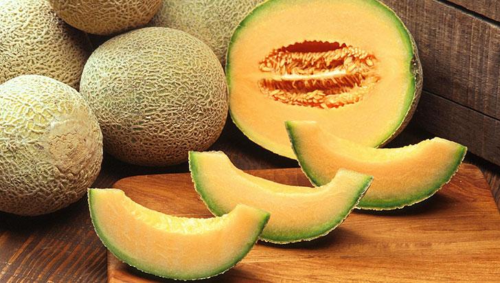 ¿Pagaría usted más de 153 millones de pesos por dos melones? En Japón, sí