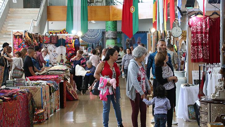 Más de 200 estands en la Exposición Artesanal de Armenia