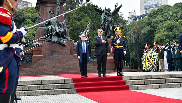 Duque mantiene reunión bilateral con Macri en la Casa Rosada