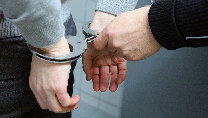 Condenado a 49 años un profesor que abusó de alumnas menores en Madrid
