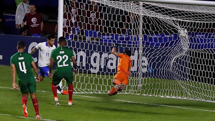 Brasil goleó 3-0 a Bolivia en el duelo inaugural de la Copa América