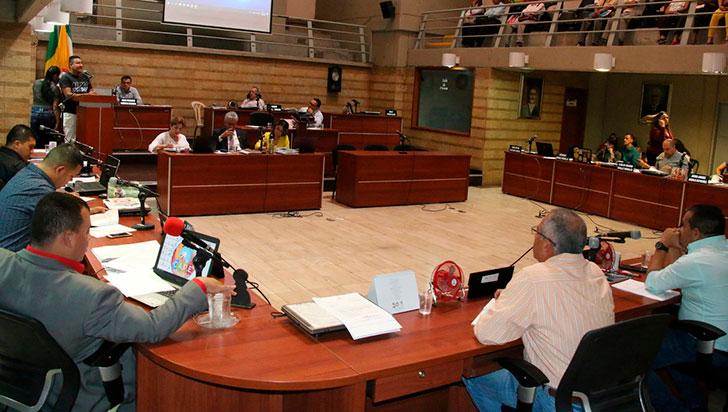 Por falta de asistencia, suspendido el debate de ejecución presupuestal