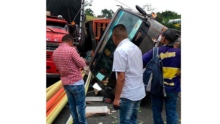Aparatoso accidente no dejó víctimas