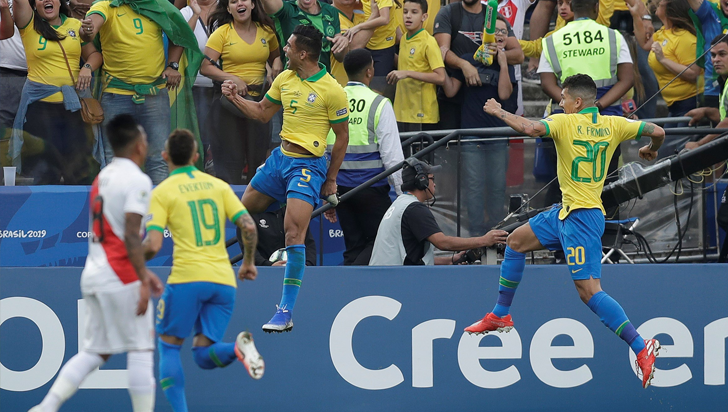 Brasil goleó 5-0 a Perú y clasificó a cuartos de final de la Copa