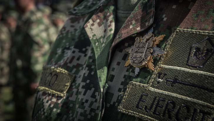 """Denuncian persecución en Ejército a militares que revelaron """"falsos positivos"""""""