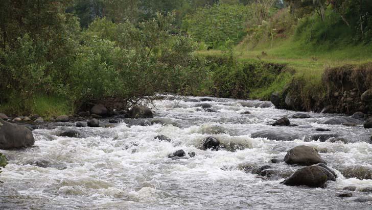 Este lunes se reinicia búsqueda de 2 personas en el río De la Vieja