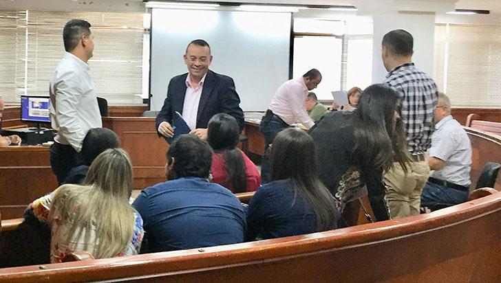 Defensa pidió aplazar audiencia de preacuerdo en caso Ánuar